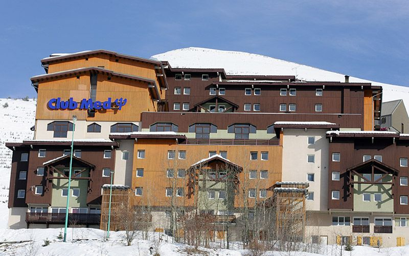 Ski holidays vacations and resorts in france justski for Lodges in france